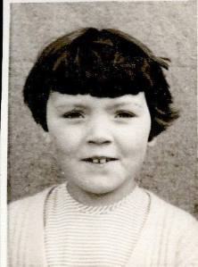 mum as a young girl